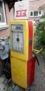 Avery Hardoll: Shell-branded 2-Stroke premix dispenser.